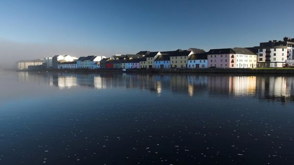Houses in Galway Bay-min
